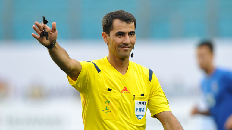 Ravshan Irmatov officiates Super League match ahead of the FIFA World Cup Russia 2018