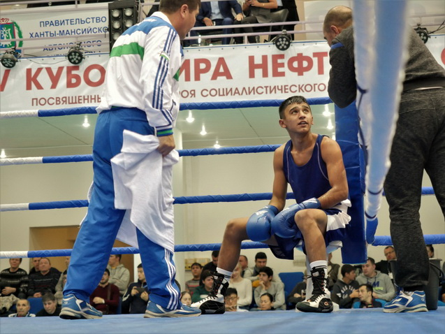 Uzbekistan's four boxers booked medals at least in the Silk Road International Boxing Championship in Baku