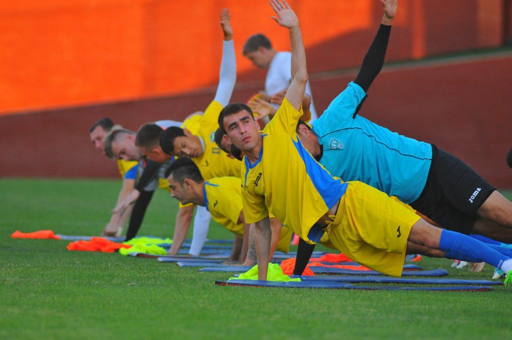 Samvel Babayan has called-up twenty players from only Oliy Liga for Istanbul training camp